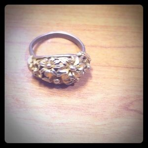 Adjustable vintage ring